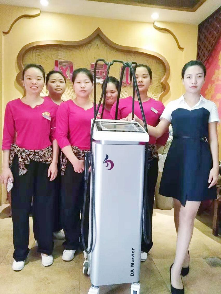 凤曼邸美容仪器_亮而彩美容仪器合作案例